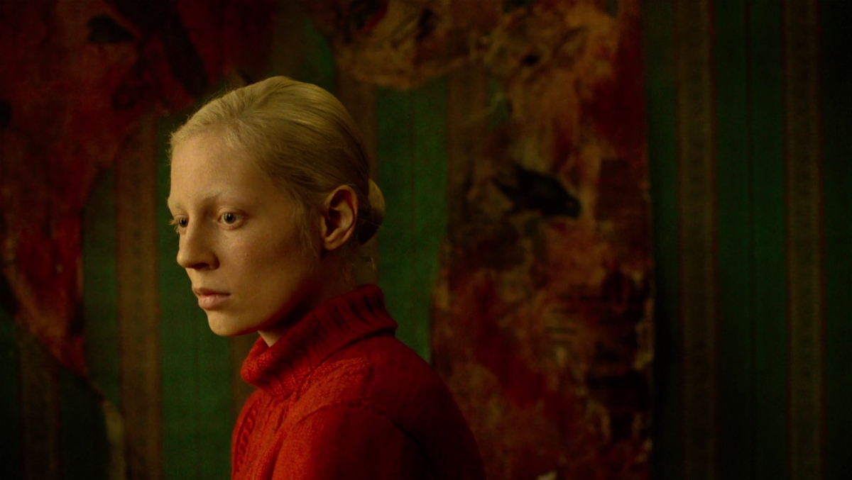 Movie Review: Beanpole (Kantemir Balagov, 2019) — Art House Street